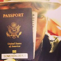 Ian Somerhalder - 26/12/13 - Do you know this guy?Would you let him into your country? Hmmm-that is the question... An airline… http://instagram.com/p/iYlLezKJ39/ - Twitter & Instagram Pictures