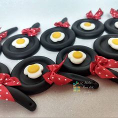 Cha Bar, Polymer Clay Crafts, Biscuits, Cupcakes, Breakfast, Sweet, Desserts, Decorating, Style