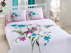 Bed Sheet Curtains, Home Curtains, Bed Sheet Painting Design, Fabric Painting, Home Bedroom, Bedroom Decor, Designer Bed Sheets, Fabric Paint Designs, Pillow Room