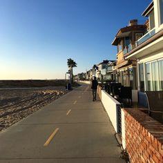 Newport Beach et Balboa Island, deux endroits super chill le long de la côte en Californie.