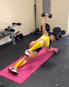Who want abs? Bench Ab Workout, Ab Workout At Home, Gym Workouts, At Home Workouts, Wellness Fitness, Health And Fitness Tips, Yoga Fitness, 6 Pack Abs, Yoga Beginners