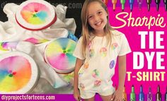 Want a fun DIY craft idea for kids and teens? This Sharpie tie die T-shirt looks awesome, but the best part about this fun DIY fashion is making it. Cool patterns and colors appear before your eyes if you follow this easy tutorial and instructions.All you need are some Sharpies, a T-shirt, rubber b