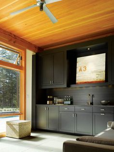 is that a TV>? I'd rather have another window there but i LOVE the ceiling and the window, so awesome!