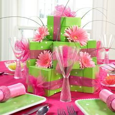 Party Centerpieces - lime green polka dots and pink gerbera daisies Sweet Sixteen Centerpieces, Party Centerpieces, Centerpiece Ideas, Floral Centerpieces, Birthday Table Decorations, Decoration Table, Lime Green Weddings, Sweet Sixteen Parties, Green Party