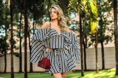 vestido-skazi-para-zaus-boutique-ribeirão-preto-marina-casemiro-listras-manga-sino-babados-preto-e-branco-transparência-bolsa-marsala-john-john-babyliss-sandália-arezzo-pret-7