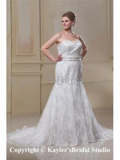 Lace Sweetheart Sweep Train Satin Trumpet Plus Size Wedding Dress