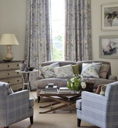colefax-fowler-living-room-fabric-decorating-ideas