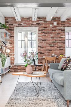 Ce loft suédois a conservé ses éléments authentiques qui en font tout l'intérêt - PLANETE DECO a homes world