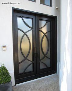 ID 610-101 Double Iron Door