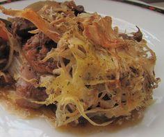 Káposztás csirke Cabbage, Spaghetti, Vegetables, Ethnic Recipes, Minden, Food, Vegetable Recipes, Eten, Veggie Food