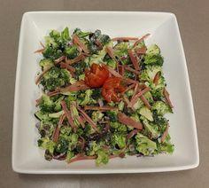 Bacon and Brocccoli Salad Raw Broccoli Salad, Asparagus, Green Beans, Bacon, Nutrition, Vegetables, Easy, Food, Studs