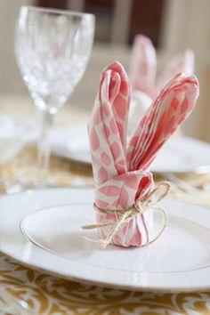 Bunny Napkin Fold | Hen House Linens #napkinfold