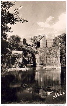 Sauveterre de Bearn - D64 SAUVETERRE-DE-BEARN Le Pont de la Légende .....