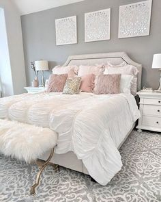 People with flair for the unusual should consider pink for the bedroom. Different shades of pink can be used for coloring walls for your bedroom. Instead of using regular shades of light or dark pink, your pink bedroom decor can… Continue Reading → Master Bedroom Design, Home Decor Bedroom, Bedroom Furniture, Master Suite, Bedroom Curtains, Chic Bedroom Ideas, Bedroom Apartment, Budget Bedroom, Office Furniture
