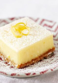 Creamy Lemon Squares – Lemon, show us your sunny pop of color and your intense burst of flavor. Where would we, and these better-for-you creamy squares, be without you?