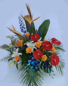 TRP-060 Tropical Arrangement, gorgeous and inviting