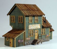 Vilius's scale modeling endeavors: Building Dewitt's Depository by Camppbell Ho Scale Buildings, City Buildings, Ho Trains, Model Trains, Old Western Towns, Doll House Crafts, Doll Houses, Planet Coaster, Model Train Layouts
