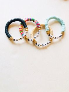 Be Kind African Vinyl beaded word bracelet-Be Kind bracelet Letter Bead Bracelets, Friendship Bracelets With Beads, Letter Beads, Name Bracelet, Word Bracelets, Monogram Bracelet, Homemade Bracelets, Diy Bracelets Easy, Summer Bracelets
