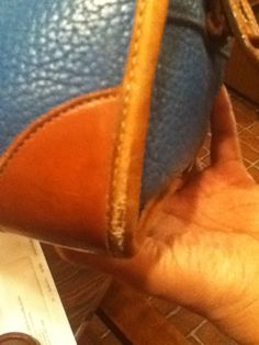 Dear Paula, I have a A W L vintage dooney and bourke purse that has wear around the bottom side edge , can anything be done about it ? the coloring has turned white and the leather looks a little … Clean Leather Purse, Leather Purses, Leather Handbags, Leather Bag, Vintage Purses, Vintage Handbags, How To Make Handbags, Purses And Handbags, Leather Restoration