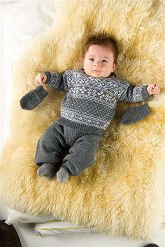 Baby Knitting Patterns Modern Picture result for sandnes yarn viking pattern Knitting For Kids, Baby Knitting Patterns, Baby Patterns, Knitted Baby Clothes, Crochet Clothes, Baby Knits, Brei Baby, Crochet Baby, Knit Crochet