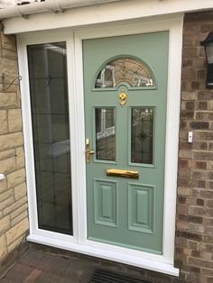 Sunbeam2 style in Chartwell Green, with TG36 glazing and Gold hardware. About The Palladio Door Collection UK Profile Developments have endeavoured to provide a superior composite door which has resulted in the iconic Palladio Door Collection. Not only are their doors strong, a-rated and highly secure, they combine tradition with the latest innovation putting them at the forefront of the composite door industry in the UK. Chartwell Green Front Door, Composite Front Door, Green Front Doors, Solid Doors, Stables, Gold Hardware, Innovation, Composition, Lounge