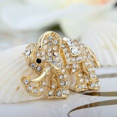 14K Gold Elephant Pin