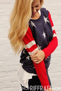 Young at heart, always wild, and forever free… American pride will never go out of style. Country Girl Style, Country Fashion, Southern Style, Casual Outfits, Cute Outfits, Fashion Outfits, Sweaters, America Pride, Fashion Styles