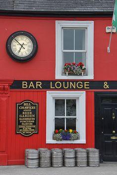 Adare-144 by schnitzgeli1, via Flickr Bar Lounge, Beer Garden, Coffee Cans, Canning, Food, Ireland, Home Canning, Eten, Meals