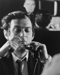 """"""" Stanley Kubrick selfie with Minox"""" Stanley Kubrick, Ville New York, Camera Photos, Fritz Lang, Vintage Poster, History Of Photography, Film Photography, Portraits, Film Director"""