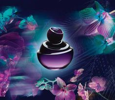 Daring, intense and sultry, Dancing Lady Hypnotic Night sways with exotic tendrils of saffron blossom, lush flamenco trompette and seductive sandalwood cream. Let its intoxicating rhythms move you all through the night. 50 ml.
