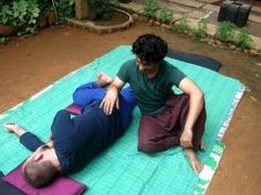 Thai Massage using the elbow to work the hip. You can use this technique to get into rotators and gluteal muscles.  Learn more about Thai Massage hands free techniques and give your fingers a break  http://www.schoolofthaimassage.com/thai-massage-courses/anatomy-of-thai-yoga-massage-advanced  #ThaiMassageSchool #KansasCity #ThaiMassagecourses #ThaiMassageTechniques