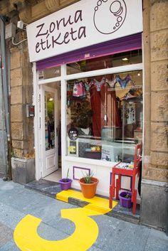 Arteshop 2013: obras de arte en los comercios CiB (II) #arteshop #art #store #arte #tienda http://cibilbao.com/2013/06/21/arteshop-2013-obras-de-arte-en-los-comercios-cib-ii/