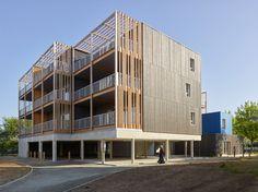 Opération de 17 logements écologiques pré-industialisés en usine à Ancenis, «La Boëtie» pour Habitat 44, réalisé par l'agence Tétrarc et l'entreprise CMB.…