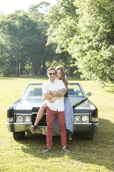 Engagement session with vintage car, couple pose idea, photography by scott smallin Car Engagement Photos, Engagement Session, Shooting Photo Couple, Car Poses, Black Couples, Cute Cars, Picture Poses, Picture Ideas, Photo Look