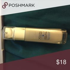 Loreal dark spot corrector Youth code serum concentrate, maybe 10% used L'Oreal Makeup
