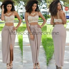 ❤️she's gorg!!! But I would wear this with the same color bottoms but in pants❤️