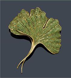Tsavorite and Gold Brooch, Hemmerle
