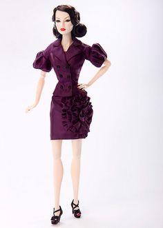 The second W club doll for 2009: Festive decadence