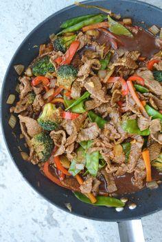 Wokad lövbiff med krispiga grönsaker | ljuvligmat