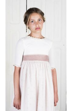 Nora Text Features, Dresses With Sleeves, Summer Dresses, Kids, Fashion, First Communion Dresses, Communion Dresses, Muslin Dress, Plunging Neckline