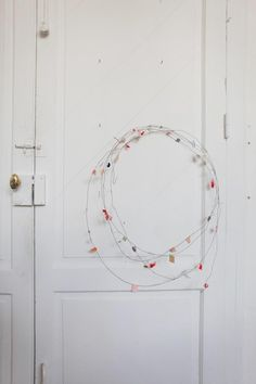 wire garland / wreath