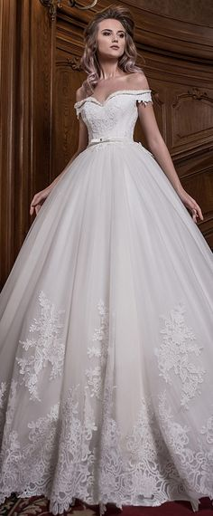 Stunning Tulle Off-the-shoulder Neckline Ball Gown Wedding Dress With Lace Appliques & Beadings & Bowknot