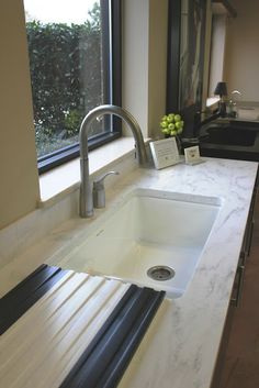 Corian Rain Cloud Countertop, Cast Iron, Under Mounted Sink