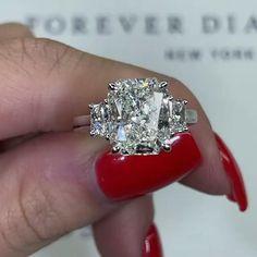 Handmade Engagement Rings, Beautiful Engagement Rings, Diamond Rings, Diamond Engagement Rings, Forever Diamonds Ny, Fantasy Jewelry, Unique Rings, Jewlery, Bling