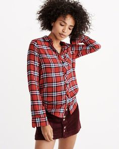 A&F Women's Signature Flannel Shirt in Red - Size XXS