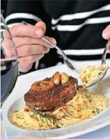 Osso Buco à l'ail et au romarin (Jean-François Plante) Capellini, Bacon, Food And Drink, Meat, Pork, Garlic, Basil, Pork Belly