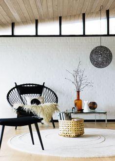 PP Møbler Wegner Circle Chair by Hans Wegner Circle Chair, Home Interior, Interior Design, Design Interiors, Turbulence Deco, Living Spaces, Living Room, Chair Design, Furniture Design