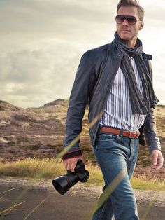 Button down, jeans, scarf... great casual business fashion idea for men #personalbrand #businesscasual