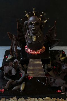 """chocolate sculpture """"aztec gold""""- all in one bite Chocolate Work, Divine Chocolate, Cacao Chocolate, Chocolate Designs, Kai Arts, Aztec Gold, Food Sculpture, Creative Food Art, Chocolate Sculptures"""