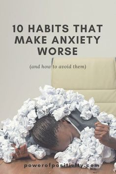 With so many people suffering from anxiety, it seems of utmost importance to find the triggers for this disorder, and how we can avoid them. What can we do to feel better? You'll find the answers to this question in this article, as well as the actual habits that make anxiety worse, in general.